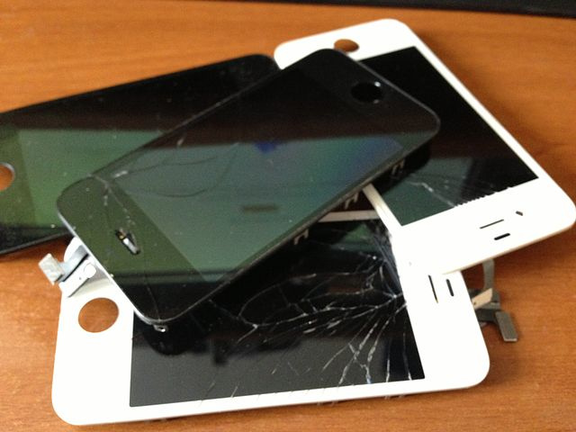iPhone Screen Repairs - My Screen's Broken What Next? - Image 1